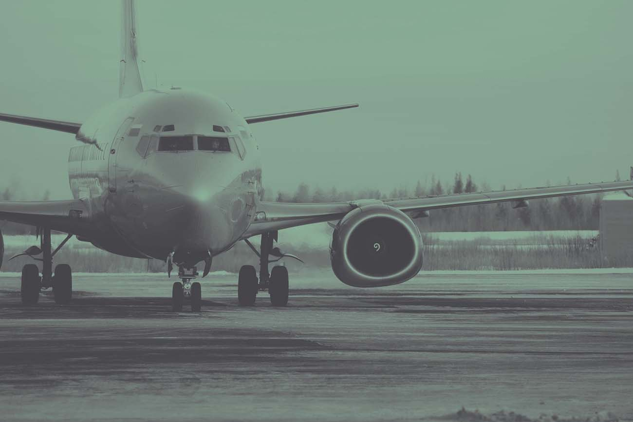 Commercial plane Charter